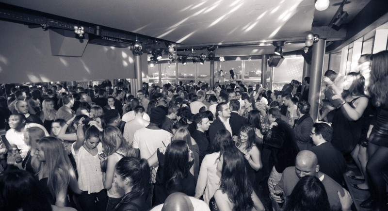 Club DJ, Vinyl-DJ, Club, Disco, Bar, Open Air, Festival