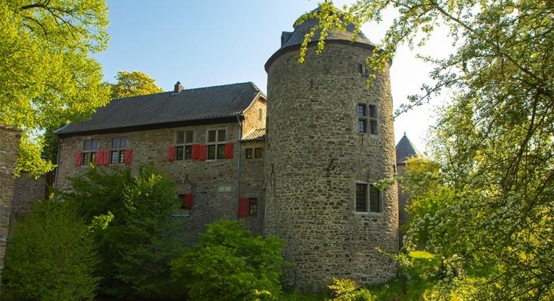 Wasserburg Haus zum Haus Ratingen