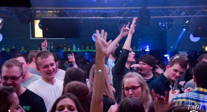 DJ 90er Party Dinslaken VinylOnly