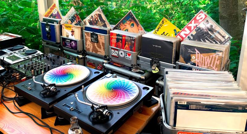 Haus am See Essen Hochzeits-DJ