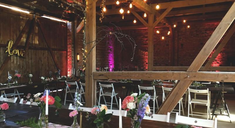 Landhochzeit Vintage Weddings Hochzeitsscheune DJ-NRW