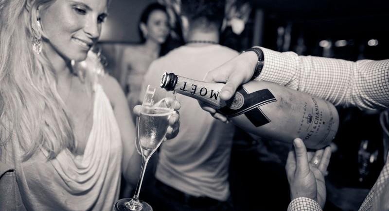 Vinyl DJ, Club, Disco, Bar, Events, Hochzeits-DJ Oberhausen