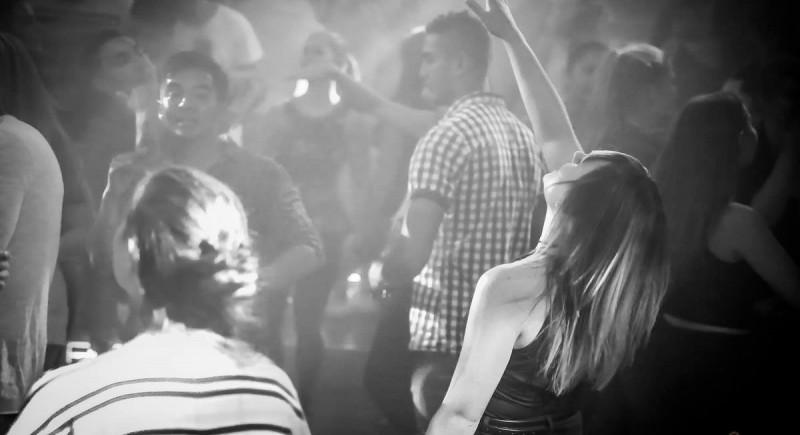 Vinyl DJ, Club, Disco, Bar, Events, Hochzeits-DJ Solingen