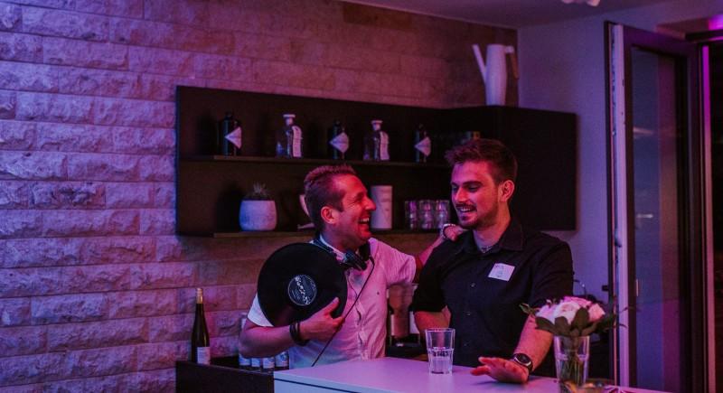 ViNYL DJfür Eröffnung, Geschäftseröffnung,Jubiläu, Neueröffnung