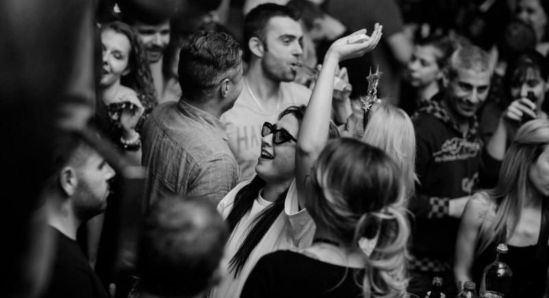 Vinyl DJ, Club, Disco, Bar, Events, Hochzeits-DJ Köln