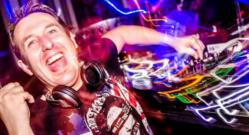 Club DJ in NRW, Ruhrgebiet, Duisburg, Essen, Bochum, Düsseldorf, Dortmund