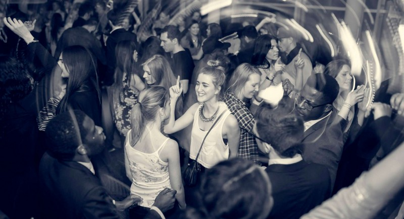 Vinyl DJ, Club, Disco, Bar, Events, Hochzeits-DJ Aachen